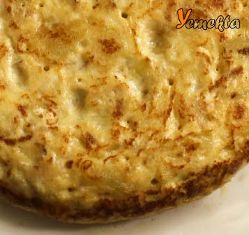 Ev yapımı İspanyol omleti görseli.