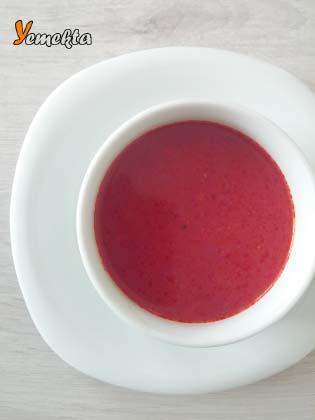 Ege Bölgesinin Yemek Kültürü - Kızılcık Çorbası.