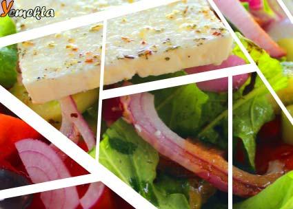Kalamata zeytini ve feta peyniri ile yapılan Yunan Salatası görseli.