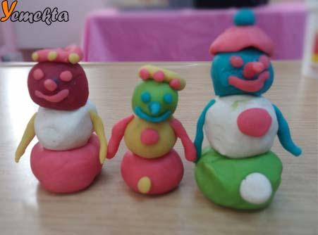 Oyun hamuru ile yapılan görseller - Play dough snowmen