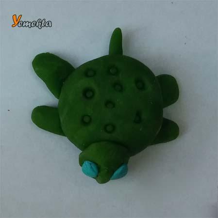 Oyun hamuru ile yapılan görseller ve şekiller - Yeşil deniz kaplumbağası - Play dough green turtle.