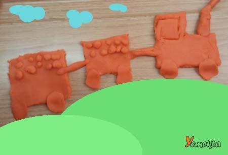 Oyun hamuru ile yapılan görseller ve şekiller - Tren görseli - Play dough train.