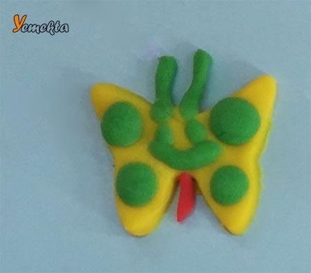 Oyun hamuru ile yapılan görseller - Sevimli küçük kelebek.