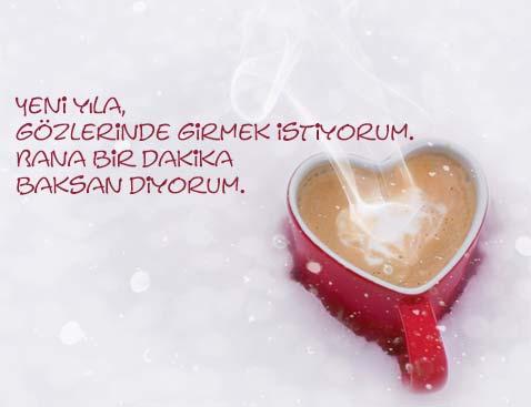 Yeni yıl mesajları için kullanılan bu resimde, sevgiliye gönderebileceğiniz resimli yılbaşı mesajı var.