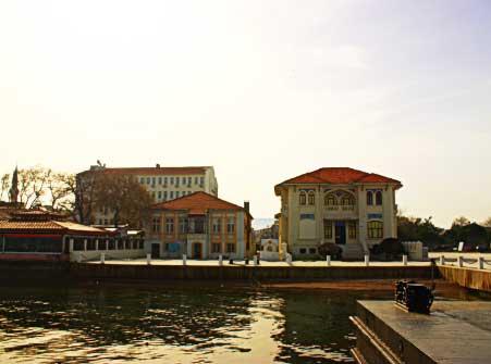 Marmara Bölgesinde yer alan Çanakkale Şehri.