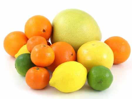 Akdeniz Bölgesi Yemek Kültürü içerisinde payı büyük olan Antalya'da yetişen turunçgillerden portakal, mandalina, pomelo ve limon görselleri.